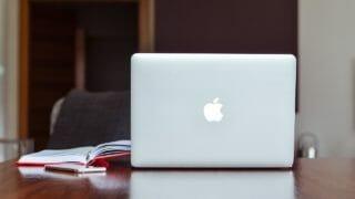 MacBookPro (mid2011)用に復元ディスクをUSBに入れた